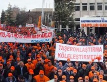 Yol işçisi taşerona karşı çıkarma yaptı