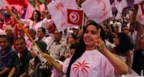 Tunus'ta seçimleri laik Nida Partisi kazandı