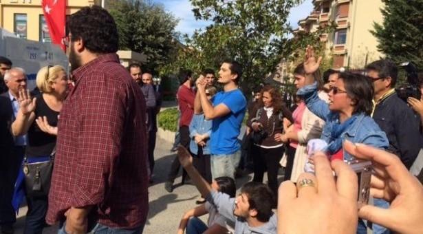 Validebağ'da nöbet tutanlara polis saldırdı, direniş sürüyor